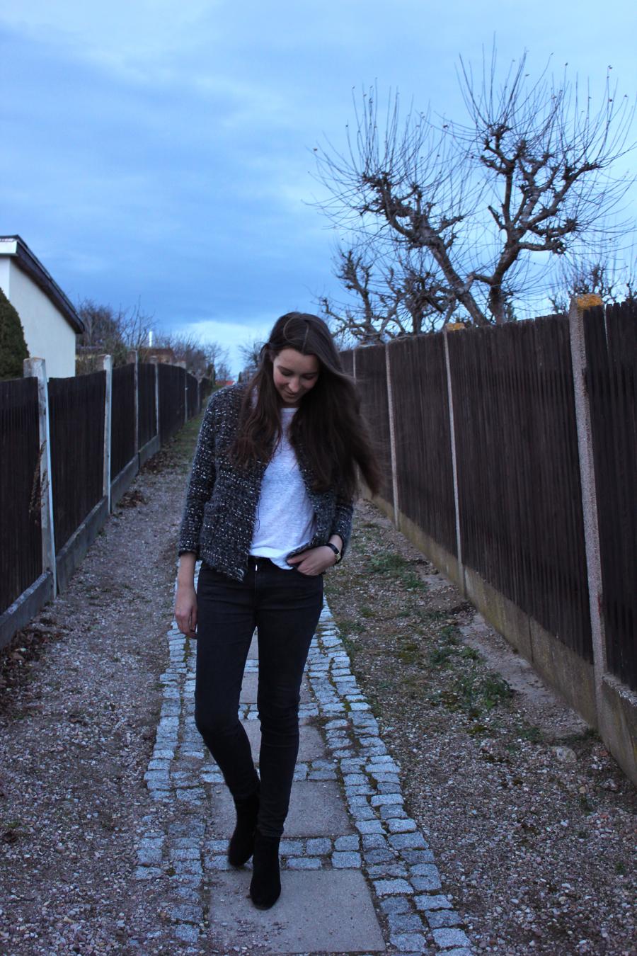 ari_traegt_xmas_tweed_isabelmarant_jacket_4