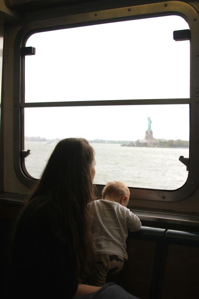 ari_ferry