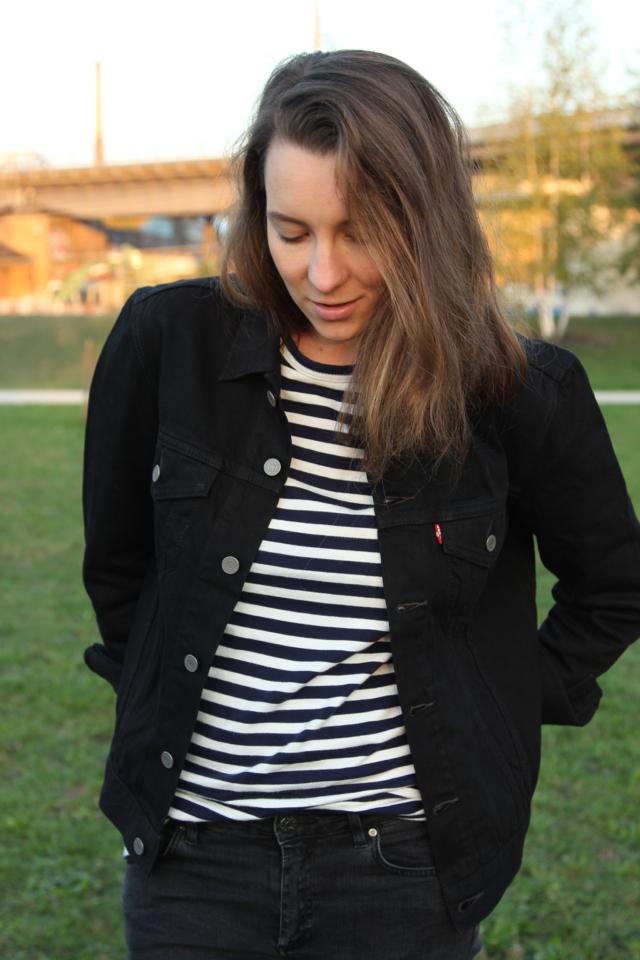 ari_levis_denim_jacket