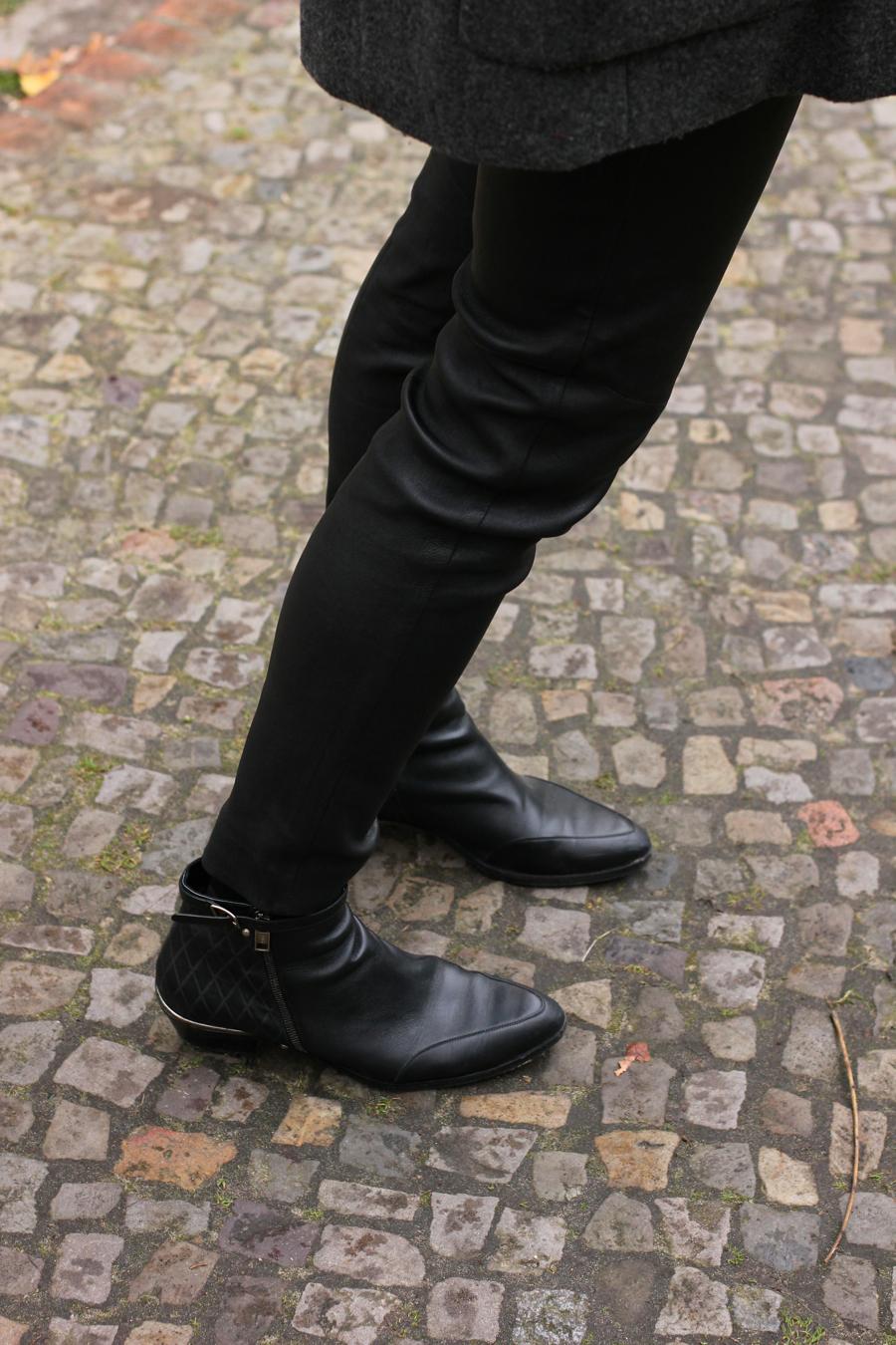 ari_chloe_boots