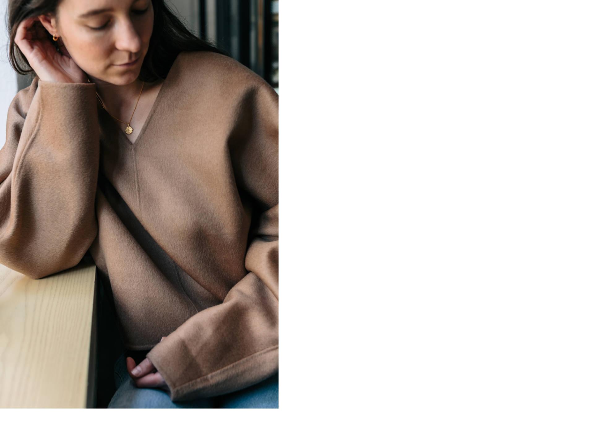 ari_camel_sweater