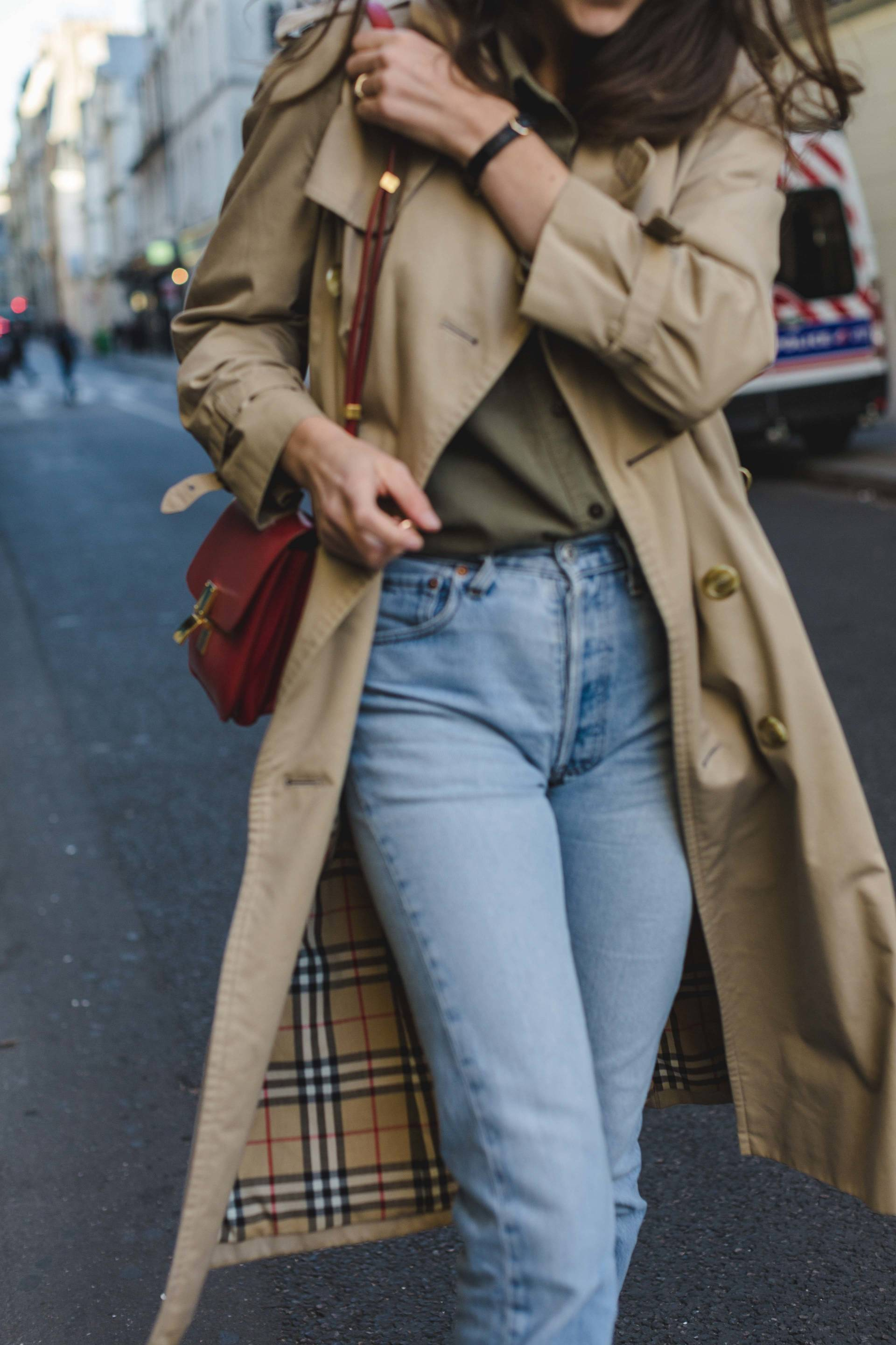 ari_paris_red_celinebag_trench4