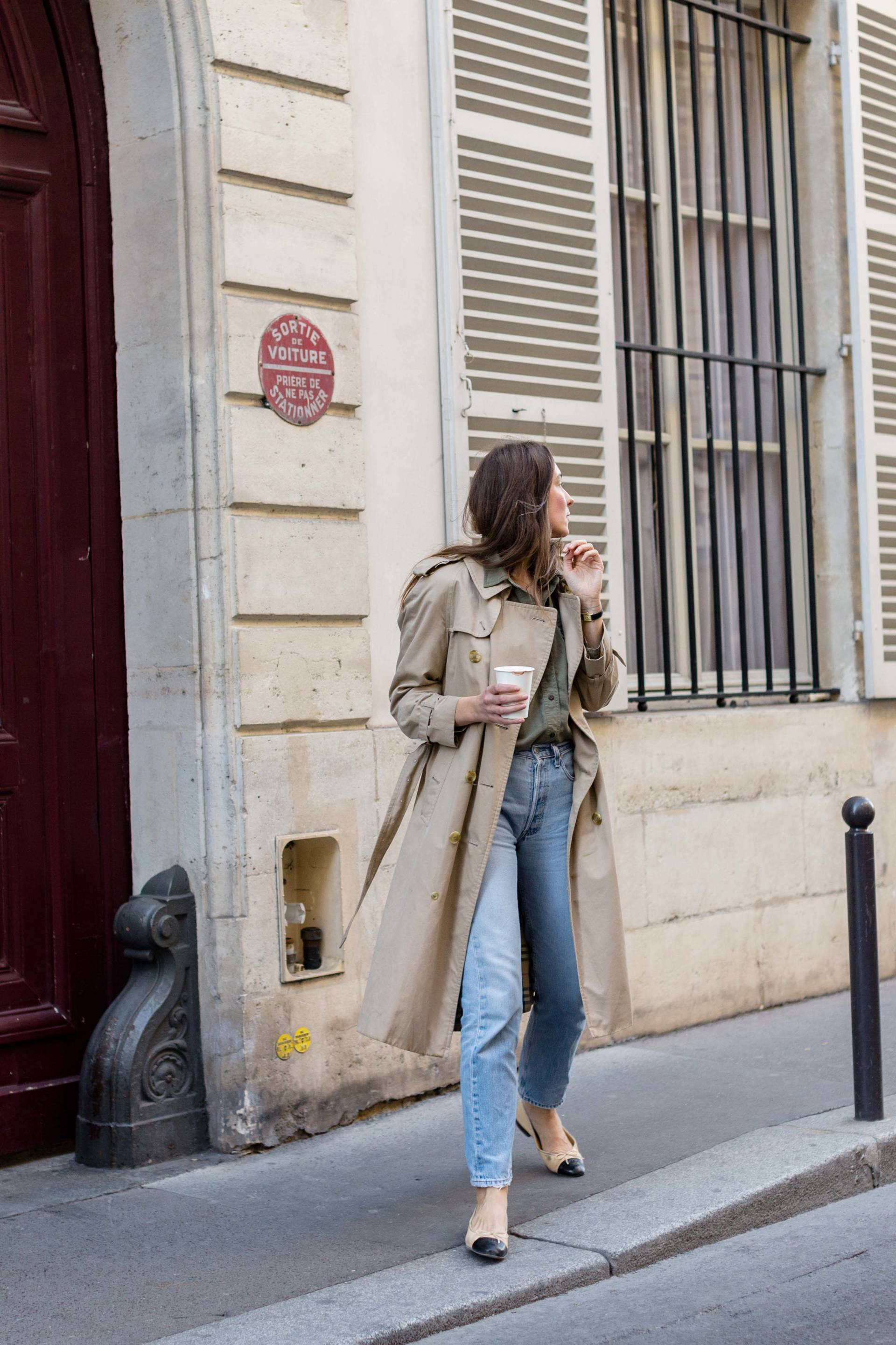 ari_paris_red_celinebag_trench7