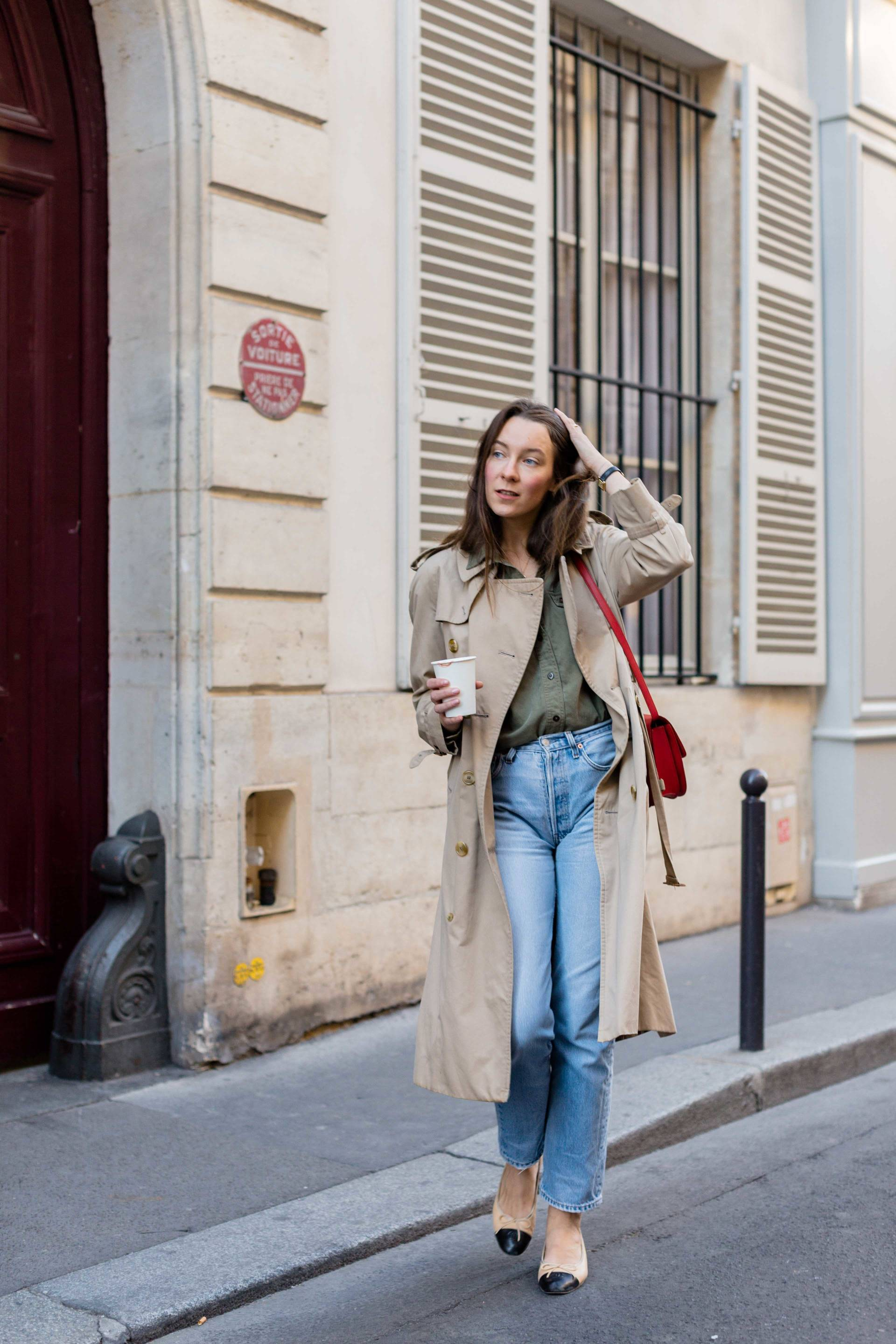 ari_paris_red_celinebag_trench8