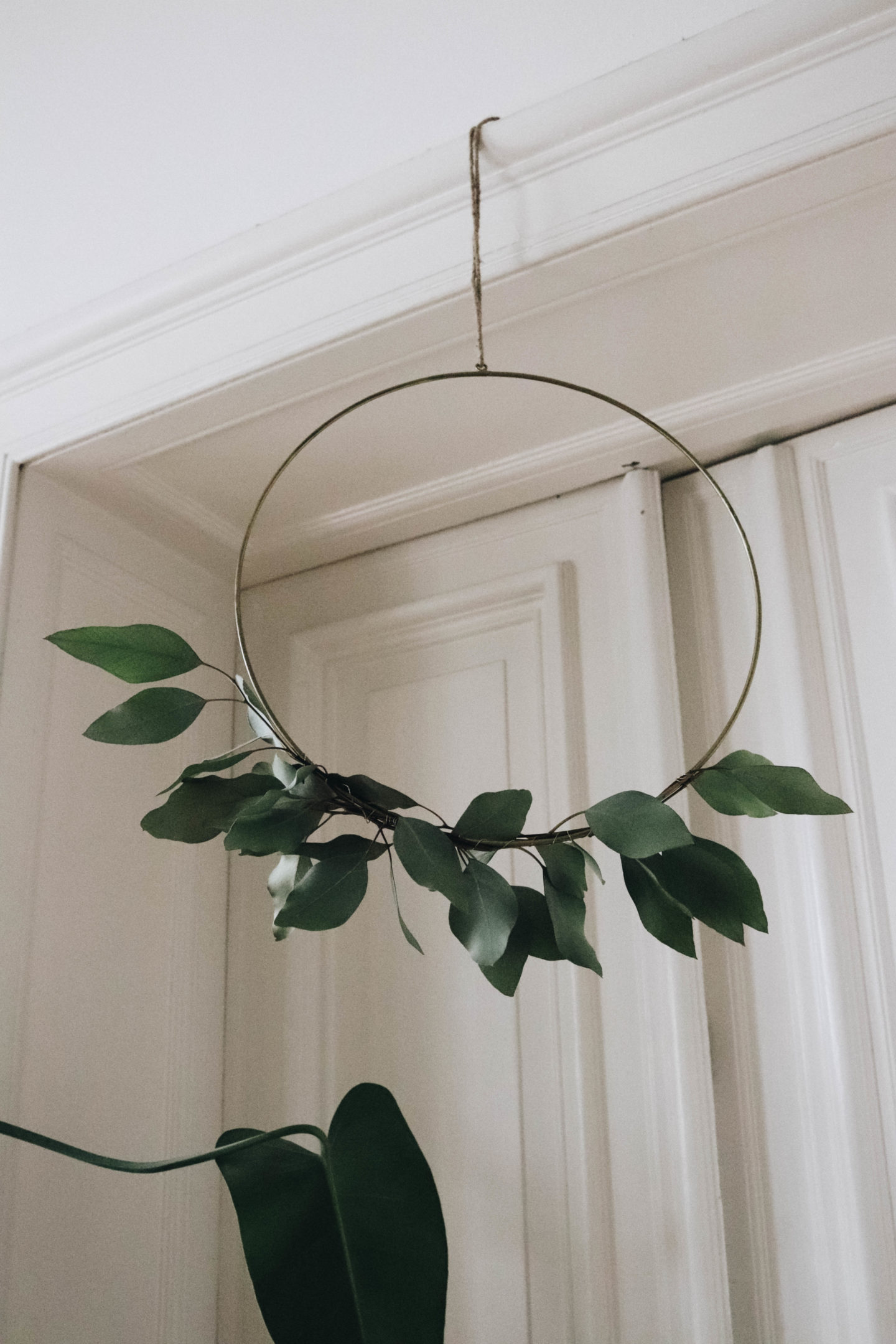 INTERIOR | THE EASIEST WREATH DECO FOR AUTUMN & WINTER SEASON